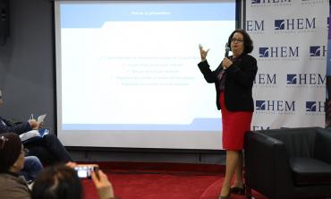 « Les régulateurs médias sont des acteurs de la consolidation démocratique » Mme Akharbach à l'Université Citoyenne de HEM