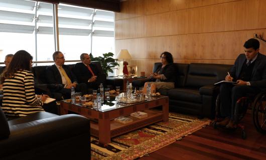 La Présidente de la HACA présente l'expérience marocaine en matière de régulation audiovisuelle à l'Ambassadeur de la République de Cuba au Maroc et au Président de l'Agence de presse de l'Amérique Latine Prensa Latina