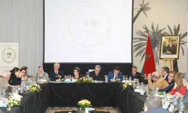 Charte nationale media et environnement:  La HACA remet le témoin aux 30 signataires et au 1er Comité de coordination prévu par la Charte