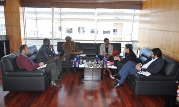 La Presidenta Amina Lemrini recibe la Ministra de comunicación de la República de Níger
