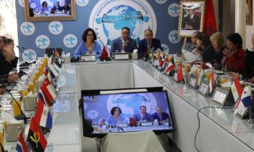 Mme Akharbach met en exergue la contribution de la HACA à l'approfondissement du processus démocratique au Maroc lors d'une rencontre avec des représentants du corps diplomatique accrédité au Maroc