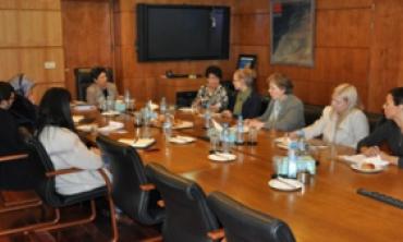 رئيسة الهيأة العليا تستقبل السيدة تارجا فيلاتوف رئيسة لجنة العمل والمساواة ببرلمان الجمهورية الفنلندية