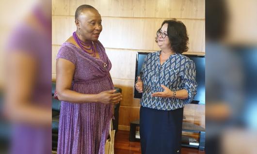 السيدة أخرباش تستقبل الأمينة العامة للجنة الوطنية لحقوق الإنسان والحريات بالكاميرون